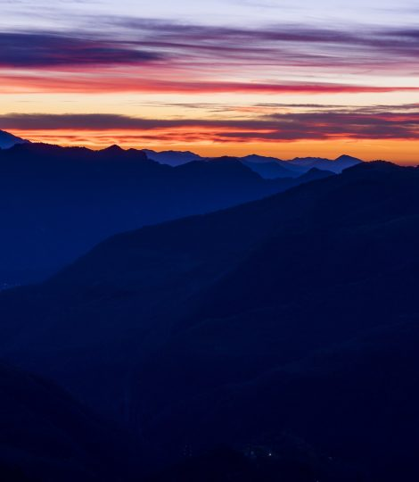 sunset-mountains-1082327_1920