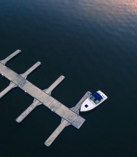 boat-1081818_1920