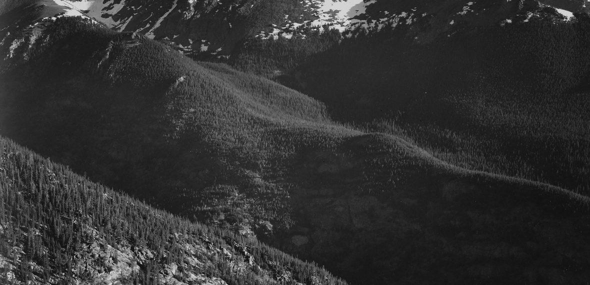 rocky-mountains-81726_1920